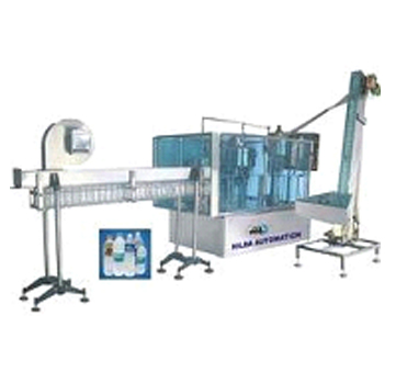 Automatic-Bottle-Rinsing-Filling-and-Capping-Machine